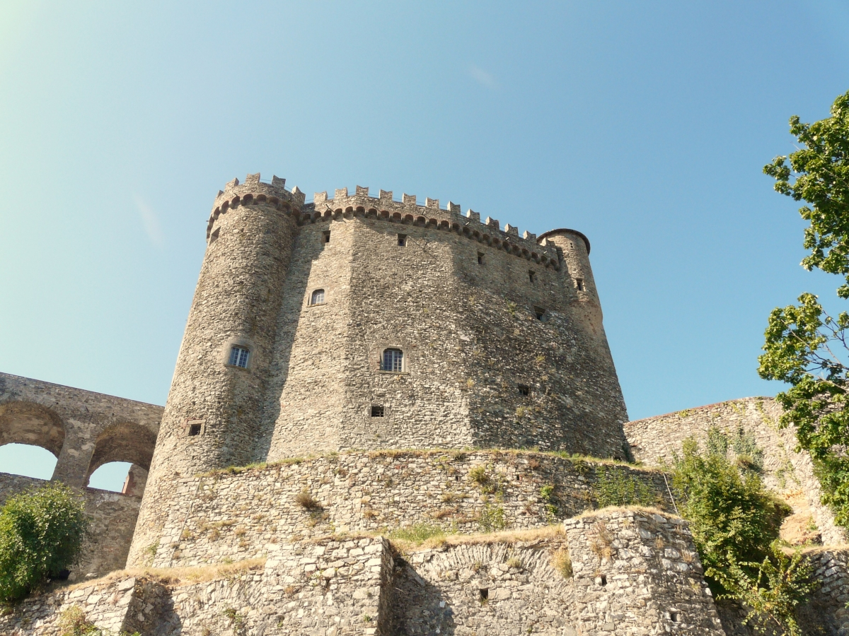 Fosdinovo-castello Malaspina1